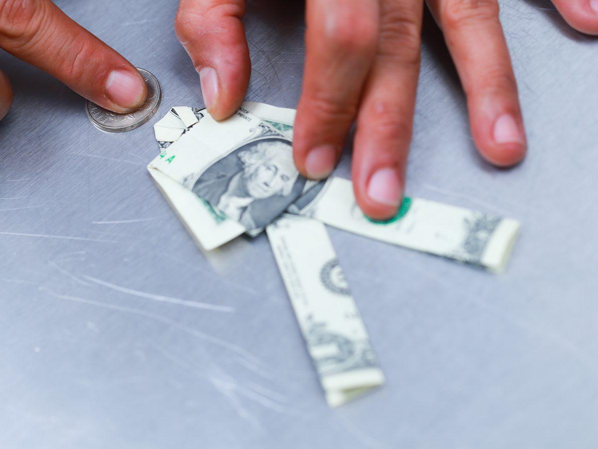 Se você tivesse uma máquina de fazer dinheiro, você faria o seguro dessa máquina?