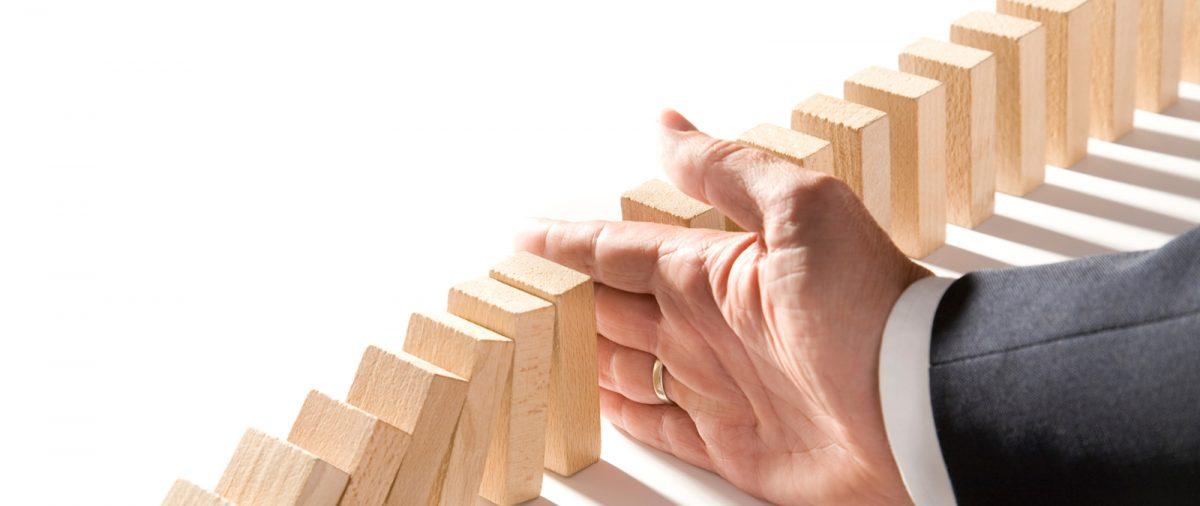 Corretor de seguros X associação e cooperativa. Elimine riscos ao contratar seguros: